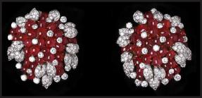 bulgari-cabochon-ruby-diamond-brooches